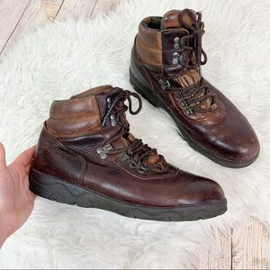 RED WING SHOES Vintage Leather Lace Up Ankle Boots